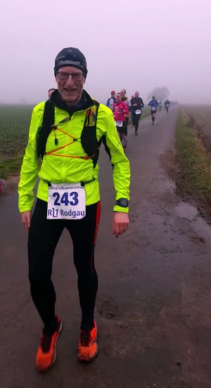 Läufer beim 50-km-Ultramarathon Rodgau